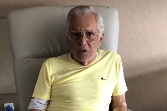 Carlos Alberto de Nóbrega fala sobre sua saúde e diz que infecção na próstata levou à internação