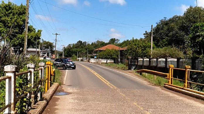 Segundo a polícia, ordem para matar motoqueiro em Cruzeiro do Sul veio de dentro do presídio