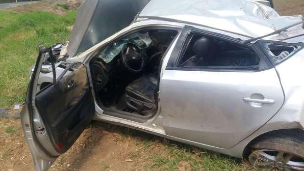 Idoso  fica em estado grave após ser atropelado ao parar para ver acidente