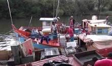 Camarão do Canal de Arroio Grande comercializado na beira do Arroio São Lourenço