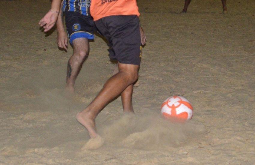 Campeões do 37º Campeonato Praiano de Futebol de Areia