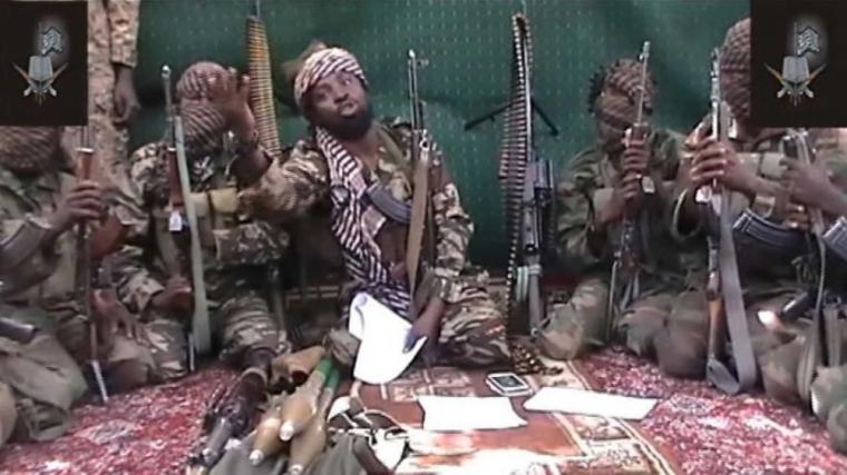 Mulher grávida e bebê entre os 30 mortos, queimados até a morte pelo Boko Haram