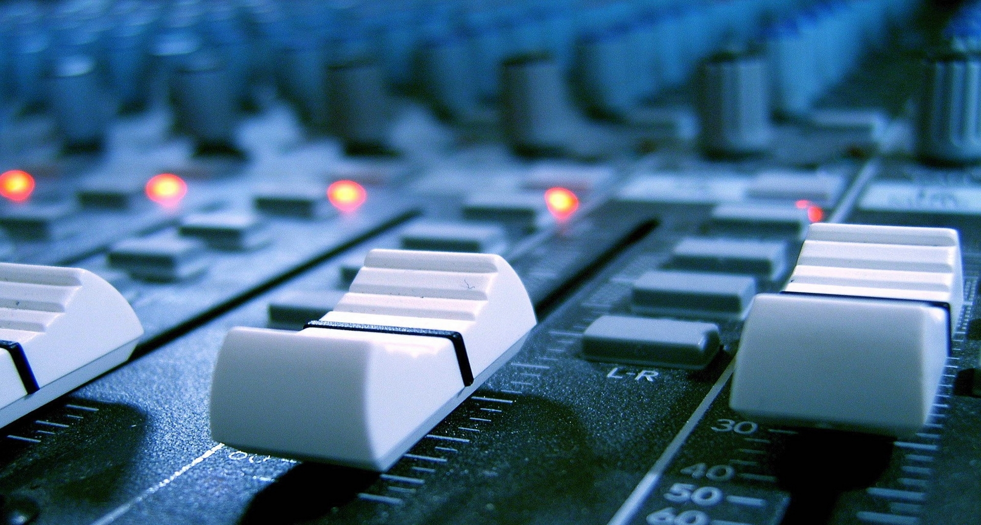 Rádio Santa Cruz 890
