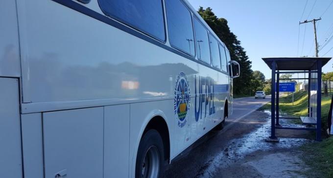 UFPel instala abrigo em parada de ônibus para o Capão